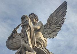 angelalasint